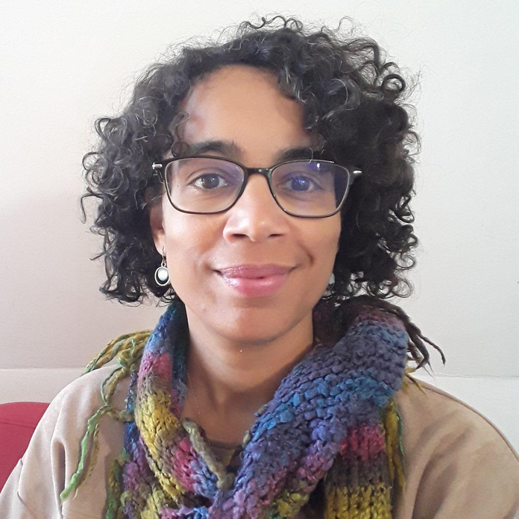 Ik ben counsellor Amanda Diemel, mijn cliënten zeggen dat zij zich snel op hun gemak voelen bij mij en dat ze rust en respect bij mij ervaren.