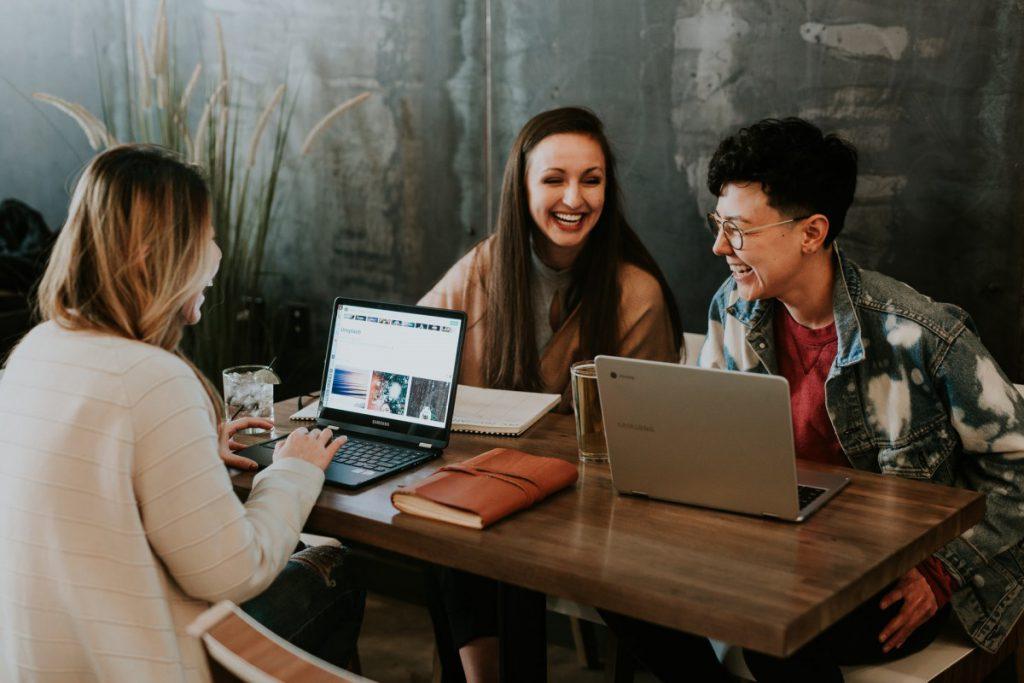 Oefenen-met-anderen-helpt-als-je-assertiever-wilt-worden-tips-van-amazone-counselling